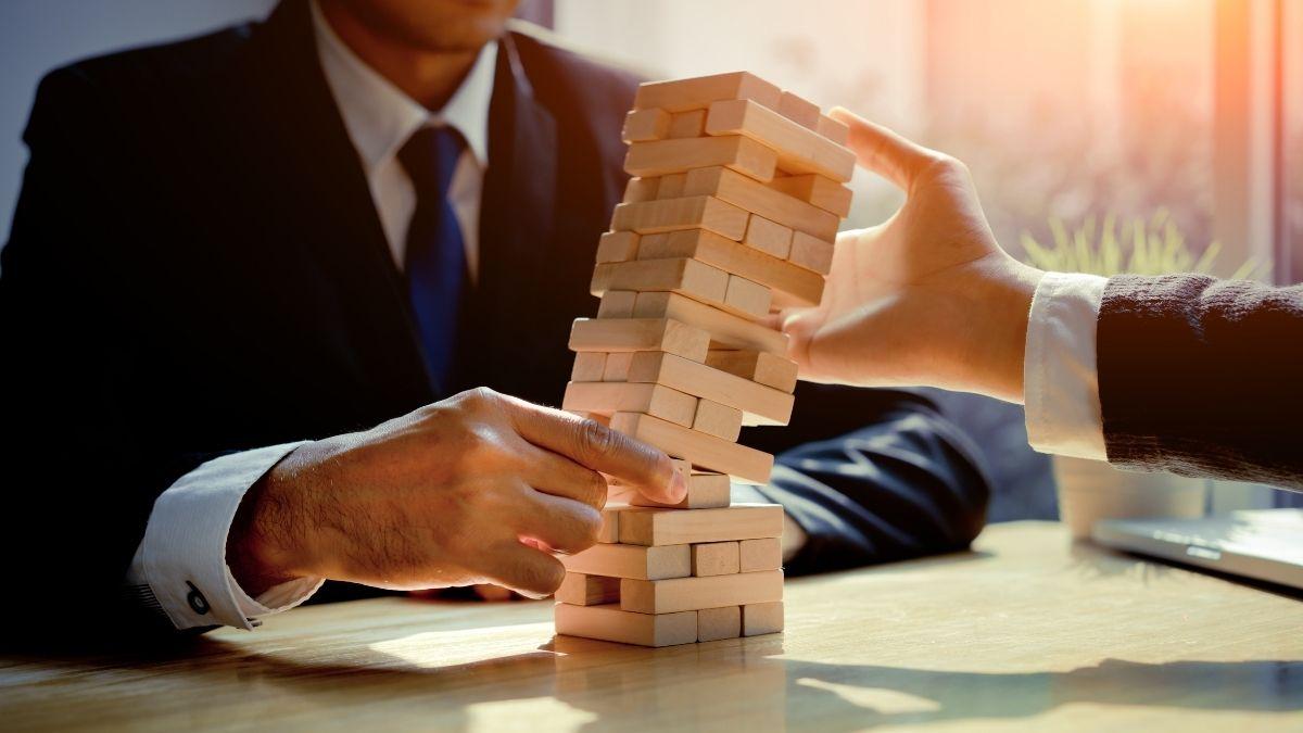 Pirâmide financeira: como evitar essa armadilha